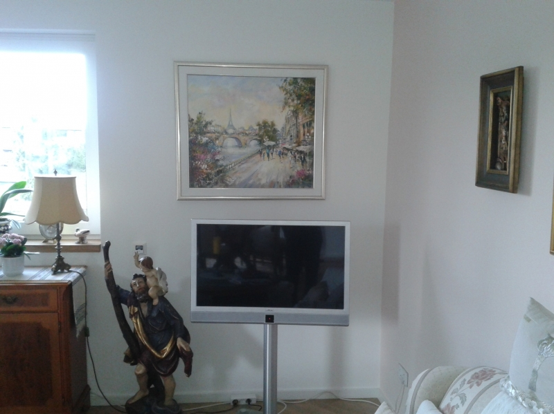 Bilder über dem TV