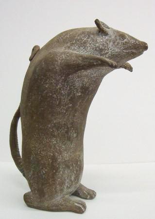 Aufrechte Ratte