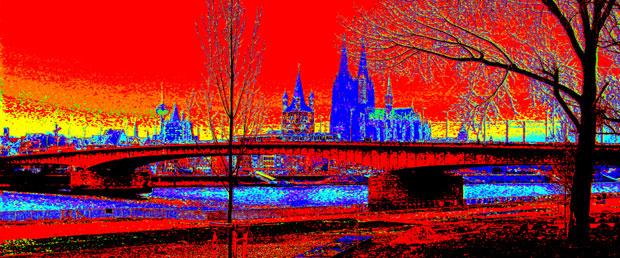 Köln Panorama rot